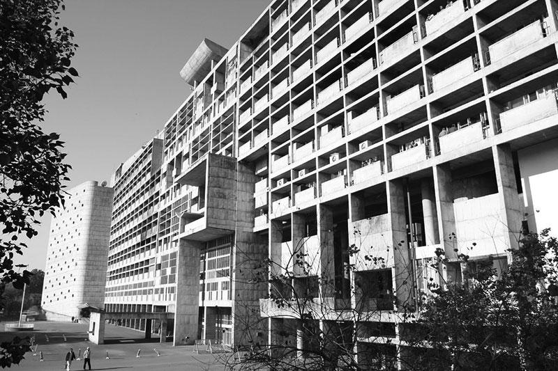 بیوگرافی و آشنایی با لو کوربوزیه Le Corbusier